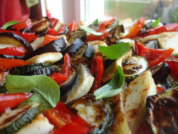 пряный салат из запеченных овощей рецепт